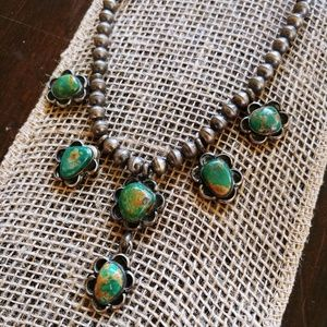 Vintage Unmarked Silver & Turquoise Necklace